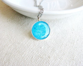 Glitter Necklace Blue Sky Sparkle Pendant Minimalist Resin Jewelry Bridal Fresh Whimsical Gift Ideas Unique Funky