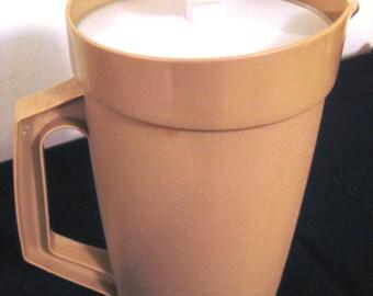 Retro Vintage Tupperware Pitcher 800-9, Beige, Servalier Lid, iced tea, lemonade, TheRetroLife