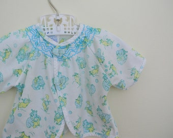 Vintage Baby's Circus Print Shirt by Carter's - Size Newborn