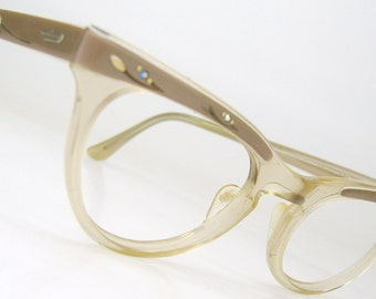 Vintage 1960s Cat Eye Glasses Eyewear Frame