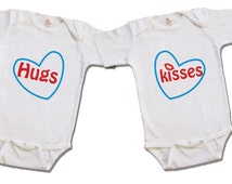 Twin onesies - Hugs and kisses outfit - Twin gifts