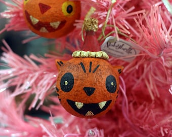"Orange ""Hollow Eyed"" Cat Ornament"