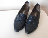Navy Blue Leather 80's Loafers, Size 7