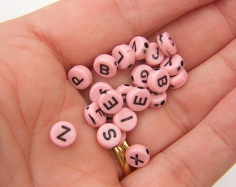 100 Acrylic round alphabet 7mm letter pink beads AB8