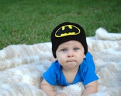 Baby boy hat, baby girl hat, crochet batman beanie, batman, baby shower gift, coming home outfit, photo prop, batman nursery, crochet baby