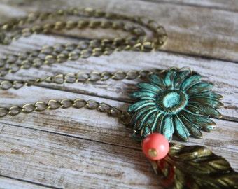 Patina Flower Necklace, Vintage Necklace, Summer Flower Necklace