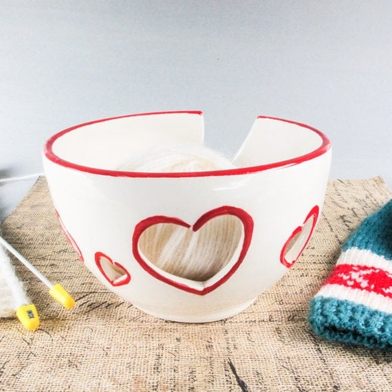 Knitting Yarn Bowl : Ceramic yarn bowl knitting crochet white bright red rim