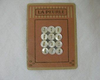 Buttons on Card - Vintage 1920s Shell /  Mother of Pearl -  10 mm La Peurle