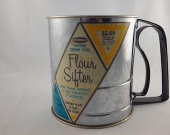 Vintage Androck Flour Sifter Chrome Housewares Kitchenwares Baking Powdered Sugar
