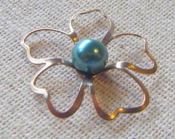 Vintage Raw Brass Delicate Flower Beadcap/Base (8) Boho, Nature, Patina