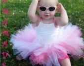 White and Hot Pink Tutu White and Pink Tutu with matching hair accessory newborn 3 mo 6 mo 9 mo 12 mo 18 mo 24 mo 2t 3t 4t 5 6 8 10 12 14