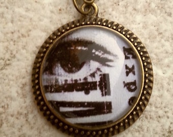 CLEARANCE  Twìggy Eye Cameo in vintage setting with Glass Dome antique brass chain
