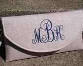 Linen Monogrammed Clutch, Bridal clutches, Bridesmaid gift, Wedding gift, Vintage Wedding, Bridesmaid clutch, Personalized gift