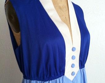 Fun Royal and Baby Blue Vintage VANITY FAIR Sleeveless Princess Cut Nightgown M Snow White