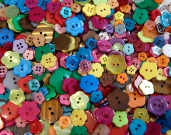 100 Flower Garden Mix FLOWERS Button Mix, Sew through   (AC 4)