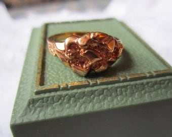 Vintage Rose Gold Tone Ring with Different Shapes of Design in Setting From Korea