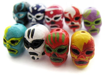 4 Tiny Mexican Wrestler Beads - peruvian, ceramic -  CB959