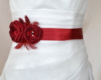 EXPRESS SHİPPİNG! Handcraft Crimson Red Two Flowers With Feathers Wedding Bridal Sash Belt