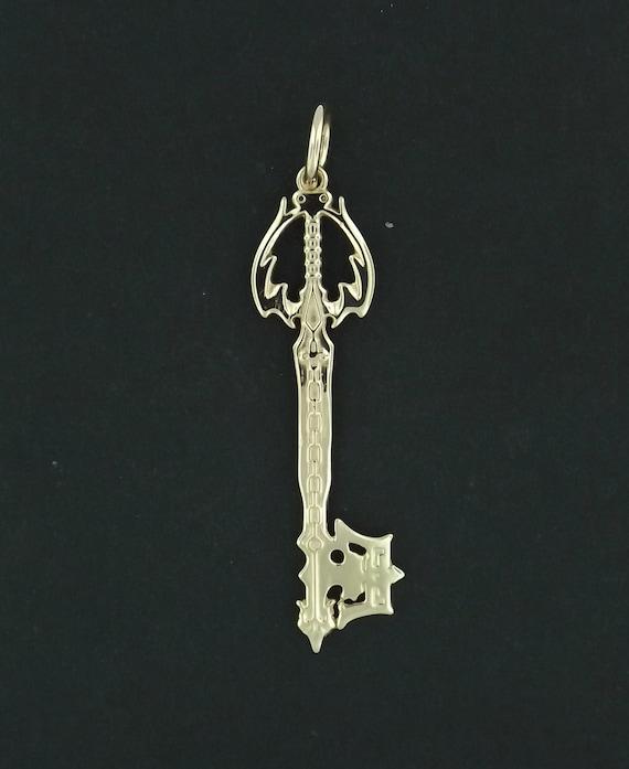 Oblivion Keyblade Pendant in Antique Bronze