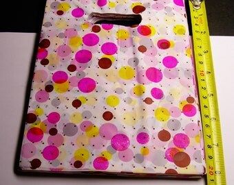 """QTY 100 - Plastic bags- Handle bags - retail bags - wholesale bags - 6""""x 8"""" - LDPD35"""