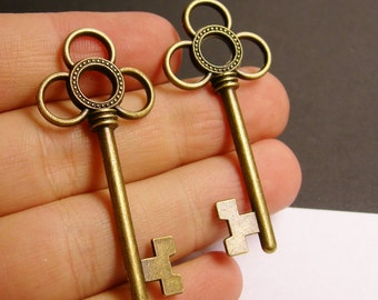Antique key charms - 6 pcs - brass - antique bronze - 53mm by 24mm - BAZ39