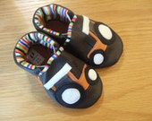 orange tractor allis chalmers kubota baby shoes 12-18 months /size 5