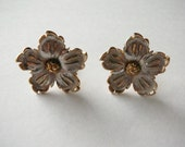 Vintage Silver and Gold Tone 5 petal Flower Earrings clip on clips non peirced Pastelli designer
