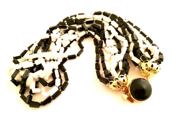 HONG KONG signed Multi Strands Torsade Black and White Plastic Crystals Shaggy Necklace Vintage Jewelry artedellamoda MOD 60s