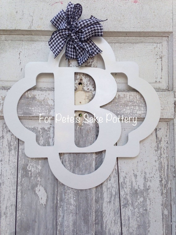 Quatrefoil wood monogram, Initial wood monogram, Wood monogram hanger, New home sign, Welcome sign, Wedding monogram sign