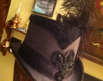 Widow's Peak Top Hat