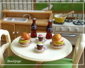 Miniature Meal Set Burger Cupcake Soda Drink - 1:12 Scale Dollhouse / Sylvanian Families, Dolls Fake food Party Picnic Cafe