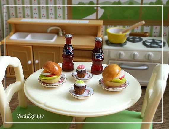 miniature meal set burger cupcake soda drink 1 12 scale. Black Bedroom Furniture Sets. Home Design Ideas
