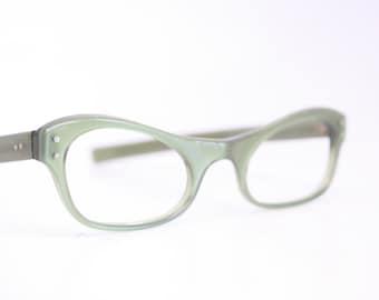 Unused Small Green Cat Eye Glasses Cateye Frames Vintage Eyewear 1960s Eyeglasses New Old Stock