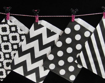 Black Favor Bags, Candy Buffet Bags, Candy Bags, Bakery Bags, Paper Bags, Birthday Parties, Packaging, Baking Supply, Wedding - Qty 12