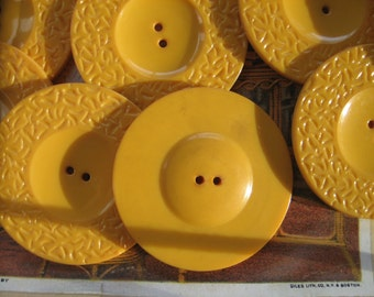 Vintage Butterscotch Bakelite Buttons ...interesting pattern...new old stock..1930...lot of 10