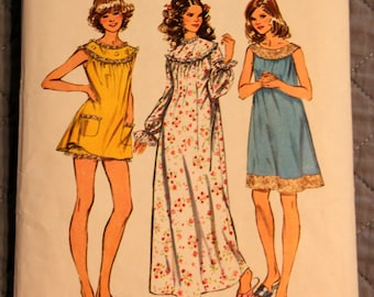 Simplicity Pattern 5030 misses and women's medium size 12-14  nightgown with bloomers in three lengths (P148)