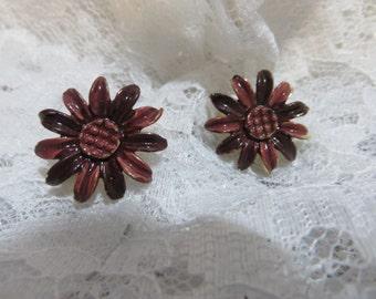 Enameled Daisy or Flower Metal Clip on Vintage Earrings