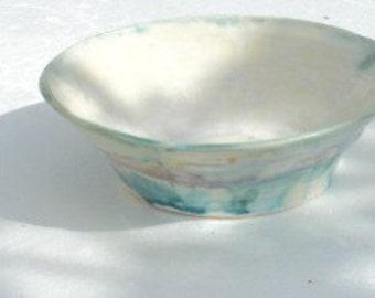 Pale  Bowl, Wider
