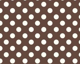 SALE - One Yard - Medium Dots in Brown by Riley Blake - Cream dots on Brown - La Creme