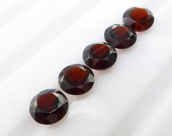 GARNET OrissA PyroPe. Natural. Bright Red RoUND.  Facet  Cut. 5 pc. 5.33 cts. 6mm  (Ga457)