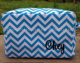 Makeup Bag - Makeup Case - Monogrammed Make up Bag - Personalized Makeup Bag - Makeup Pouch - Cosmetic Bag - Cosmetic Case - Gift for her