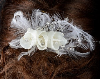 Crystal & Feather Lace Flower Wedding Fascinator Hair Comb - Style 1