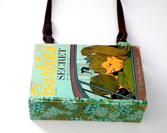 how to make a book into a purse