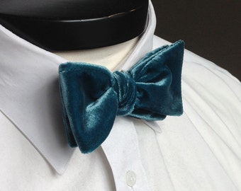 The George- Our velvet bowtie in peacock blue