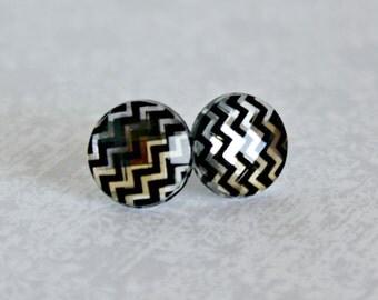 Titanium Post Earrings, Chevron Stripe jewel, 12 mm, Hypoallergenic