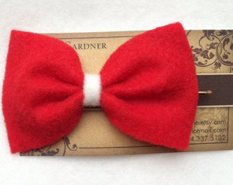 Red felt hair bow bobby pin
