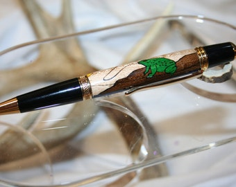 Handcrafted Wooden Pen - Frog Inlay Executive Twist Pen in a Bright Gold Finish