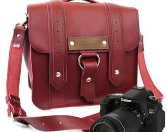 "10"" Burgundy Napa Safari Leather Camera Bag - 10-V-RD-SMCAM"