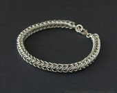 Chainmaille sterling silver fine box chain bracelet.