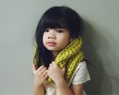 Thick & Cozy Soft Kids' Cowl Scarf / T-dot Kid Cowl